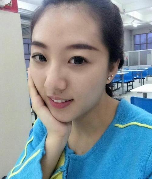 中国素人美女の流出ヌード&マ○コ画像 1