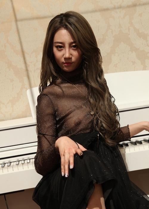 韓国美女のシースルーセクシー画像&ヌード画像 4