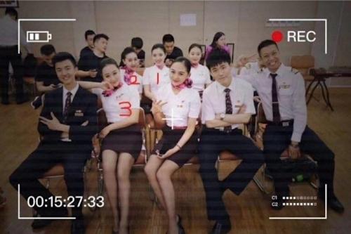 中国のCAが乱交セックスパーティーに参加してる動画が流出!? 2