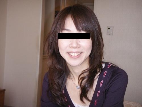 微乳な日本の素人美女のプライベートヌード流出画像 1