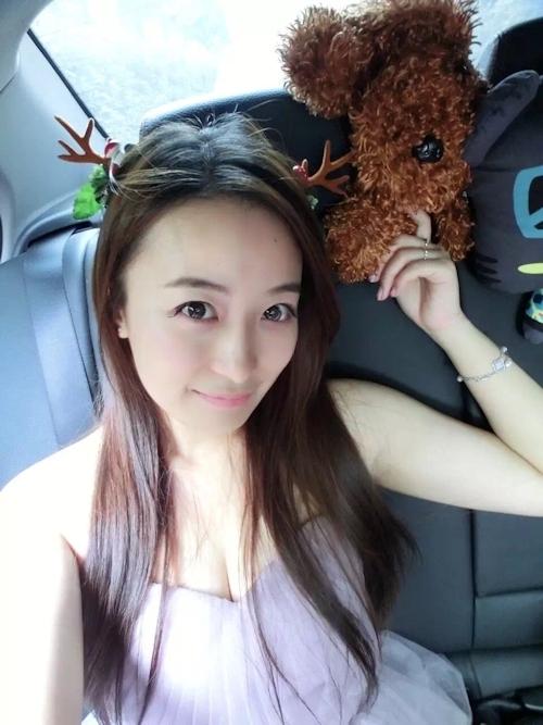 中国の美人女子大生のプライベートヌード画像が流出 4
