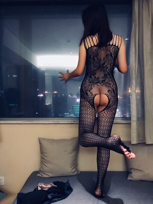 中国の美人女子大生のプライベートヌード画像が流出 9