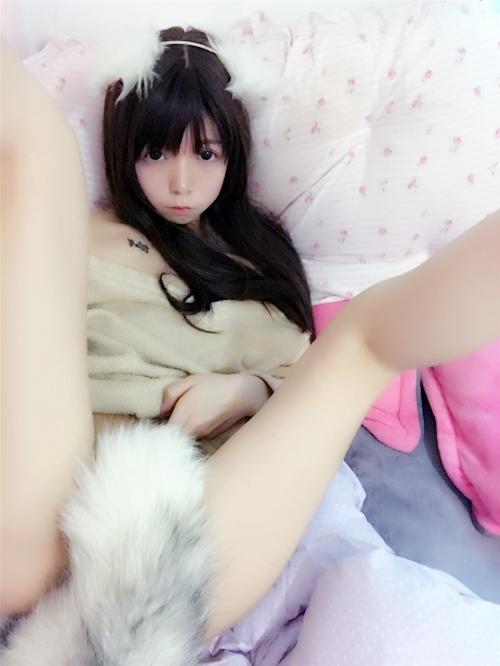 ツインテールのロリ系美少女の自分撮りヌード画像 2
