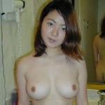 美乳な素人美女をホテルで撮影したヌード画像