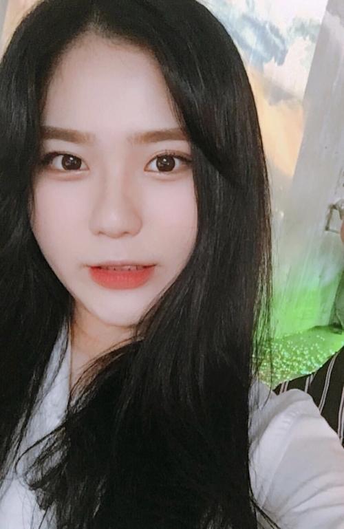 韓国の22歳素人美女が熟睡ヌード画像 2