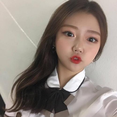 キュートな韓国の20歳素人美少女のプライベートヌード流出画像 2