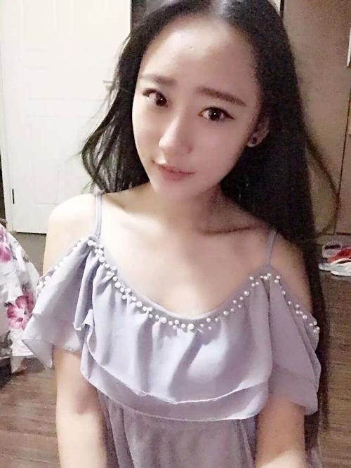 中国美人CAの流出セックス画像 1