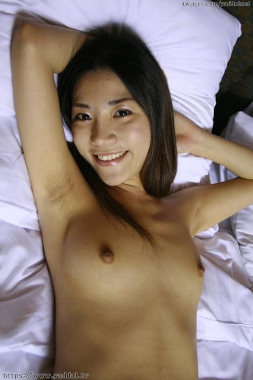 スレンダーな韓国美女モデル アンナのヌード撮影画像 9