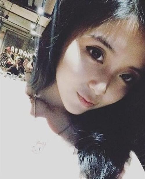爆乳なアジアン美女の自分撮りヌード画像 1