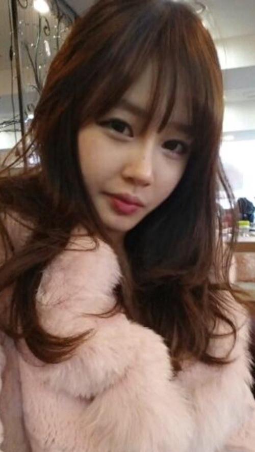 韓国素人美女の流出フェラ画像 1