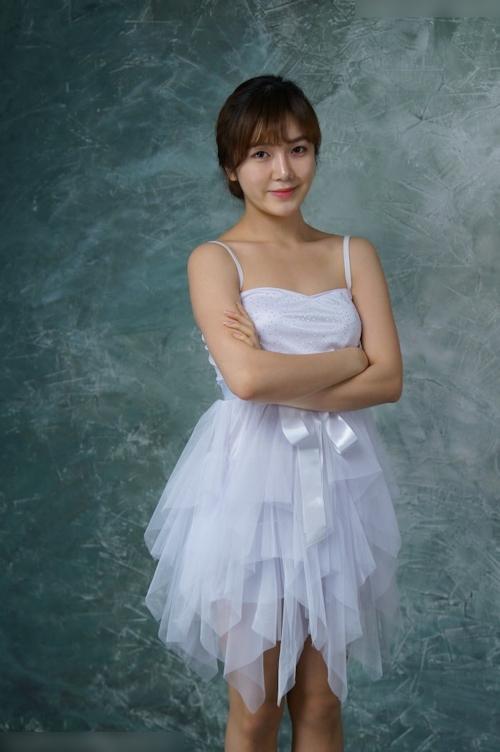 韓国美女モデルのヌード画像 1