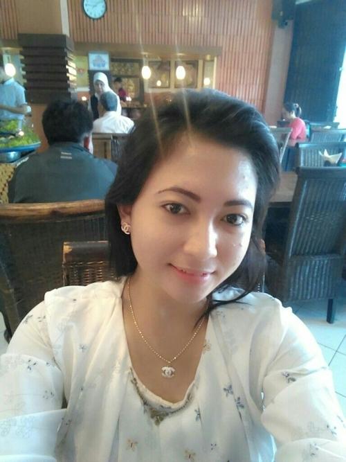 東南アジアの素人美女の自分撮りヌード画像が流出 3