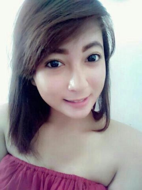 東南アジアの素人美女の自分撮りヌード画像が流出 4
