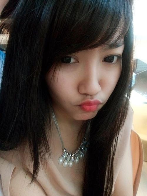 黒髪の清楚な東南アジア美少女が脱いだら巨乳輪どエロおっぱいだった自分撮りヌード画像 4