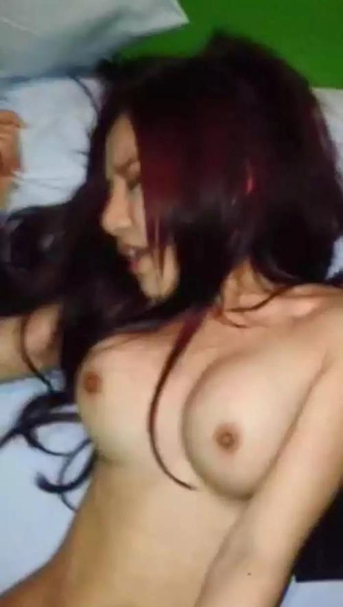 中国の美人CAの流出セックステープ 2