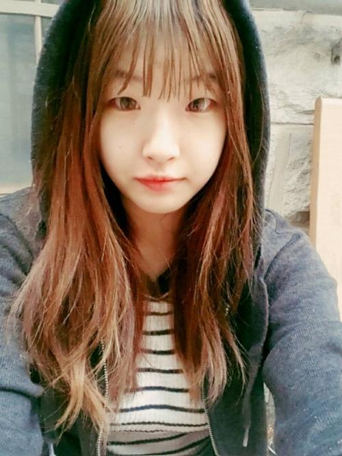 美乳な韓国素人美少女の自分撮りヌード画像が流出 1