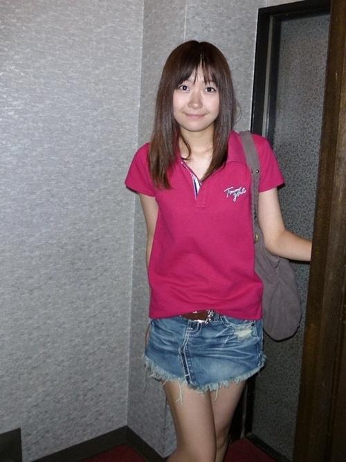 美乳な日本の美女の拘束プレイ&セックス画像 1