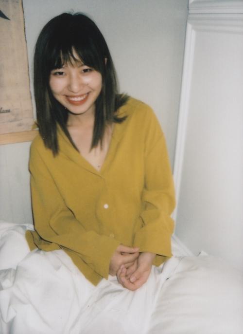 アジア系素人美女をホテルで撮影したプライベートヌード画像 1