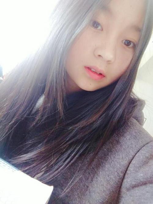 Cカップ美微乳な中国素人美少女の自分撮りヌード画像が流出 3