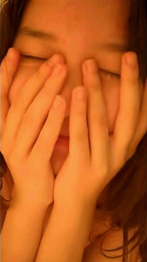 美乳な中国美少女女子大生の自分撮りヌード画像が流出 4