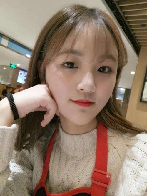 中国の美人女子大生のプライベートヌード画像が流出!? 3