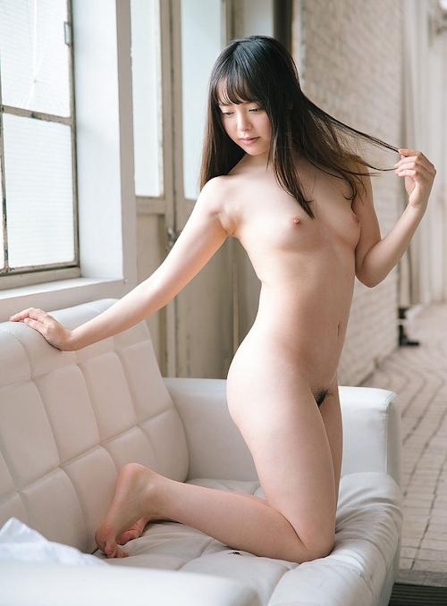 小倉由菜 セクシーヌード画像 16