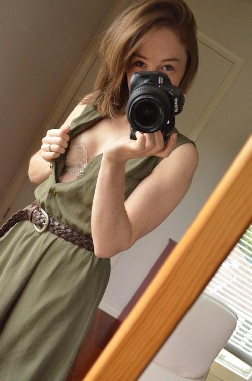 キュートな西洋素人美女の自分撮りセクシーランジェリー&ヌード画像 2