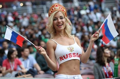 ロシア美人サポーター Natali Nemtchinova 2