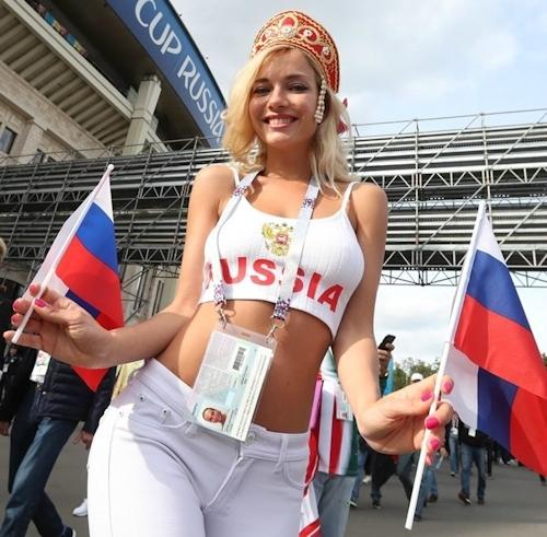 ロシア美人サポーター Natali Nemtchinova 3