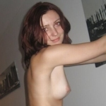 ポーランド素人美女のプライベートヌード画像