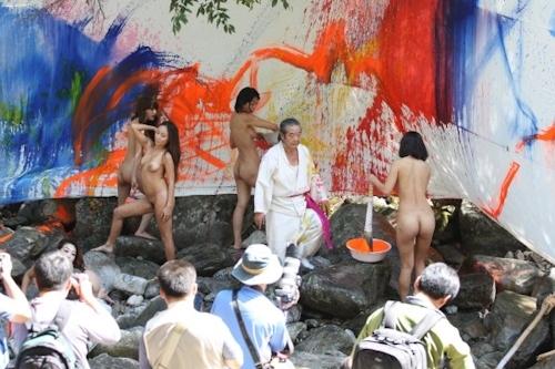 野外ヌード撮影会の画像 13