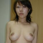 巨乳な美人若妻のプライベートヌード&フェラ流出画像