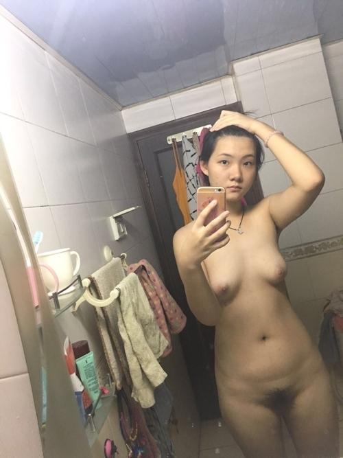 中国の素人美少女が浴室で自分撮りしたヌード画像が流出 2