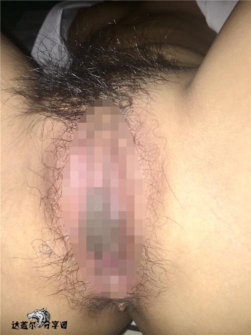 病院内でナースとセックスしちゃってるハメ撮り画像 11