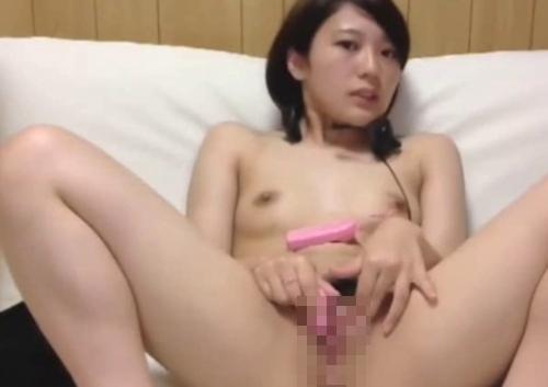 清楚系美少女がチャットで全裸オナニーしてる画像 8