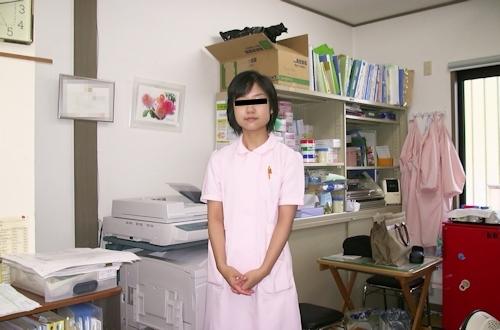 パフィーニップルな日本の素人美女のプライベートヌード画像 2