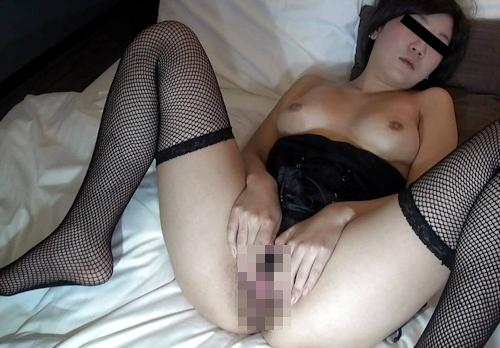 清楚系素人美女がセクシーランジェリーでマ○コくぱぁしてる流出ヌード画像? 6
