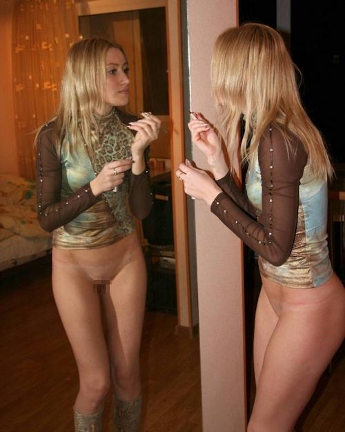 ロシアの金髪スレンダー美人女子大生をモデルにヌード撮影の後ハメ撮りしてる画像 1