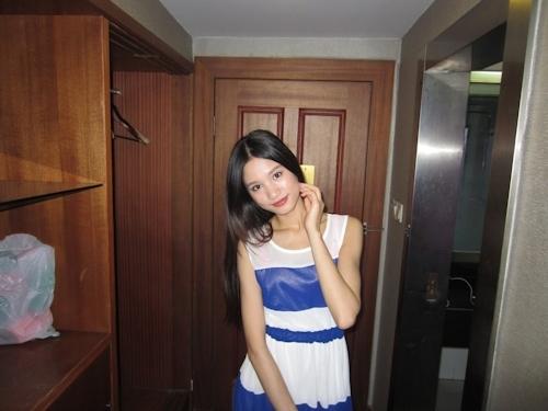 ガリガリスレンダーなアジアン美女のヌード画像 4
