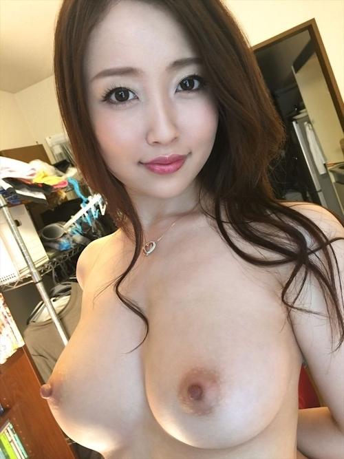 美巨乳な24歳美人若妻 まお セックス画像 1