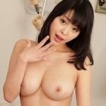 真菜果 無修正動画(PPV) 「女優魂 ~え?今ここでやっちゃうんですか!?~ 真菜果」 9/15 リリース