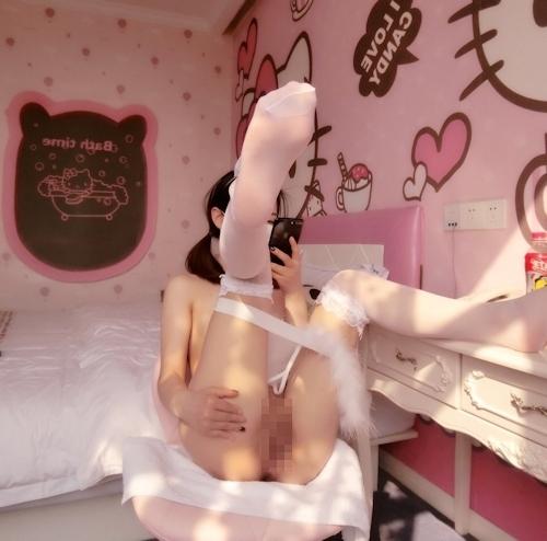 美微乳パイパン少女の自分撮りヌード画像 9