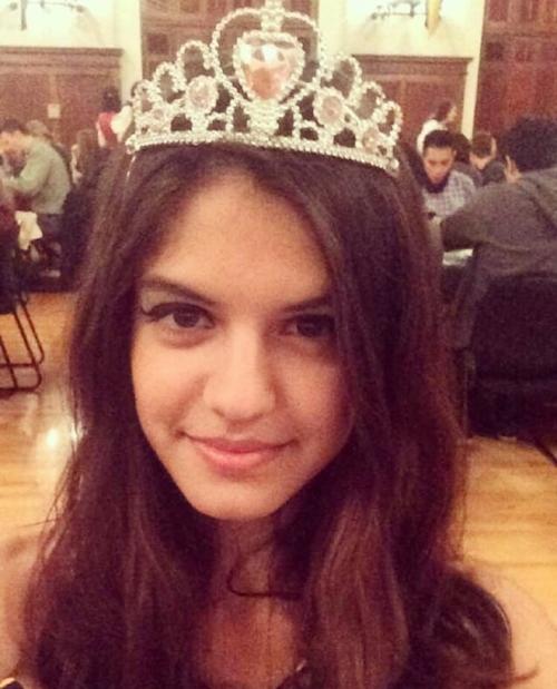 フランスの21歳美少女の自分撮りヌード画像 1