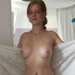 巨乳&パイパンなドイツ美女のプライベートヌード画像