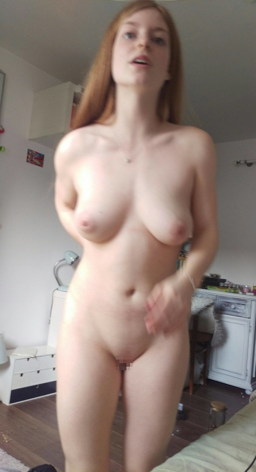 巨乳&パイパンなドイツ美女のプライベートヌード画像 6