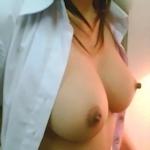タイの素人女性のまんまる美巨乳おっぱい画像