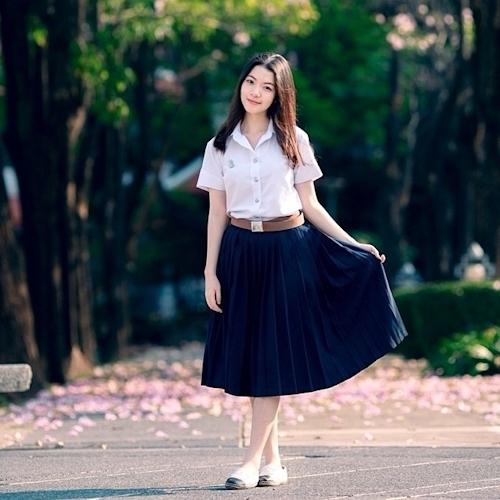 タイの清楚系素人美女の自分撮りヌード流出画像 1