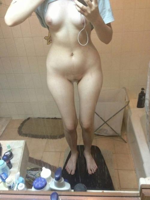 タイの清楚系素人美女の自分撮りヌード流出画像 6