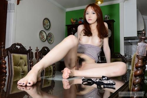 韓国美女モデル IEL M字開脚マ○コ画像 7