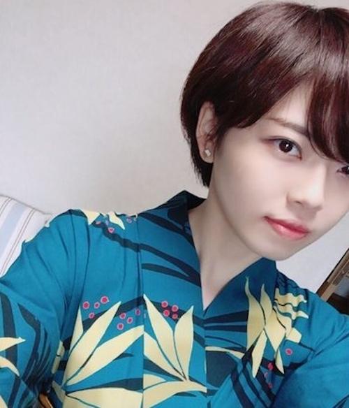 欅坂46 平手ちゃん似の美少女女神の自分撮りヌード画像&動画 1
